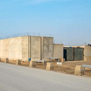 Militärbas i Mazae-e Sharif, norra Afghanistan.