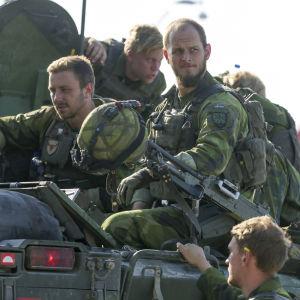 Svenska soldater vid en manöver i Gotland i september 2016