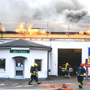 brand på industrivägen i borgå