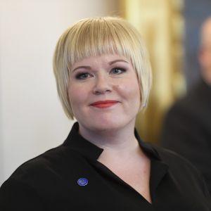 Annika Saarikko, ny familje- och omsorgsminister