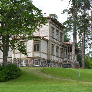 Villa Ormnäs i Ekenäs