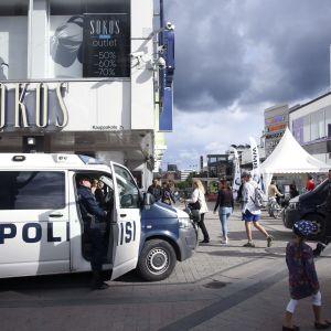 nynazistiska Finska Motståndsrörelsen misshandlade utomstående i Jyväskylä 1.8.2015.
