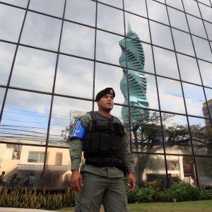 Åklagarämbetet i Panama beordrade ett 27 timmar långt tillslag mot Mossack Fonsecas huvudkontor för att utreda möjliga brott i den ökända advokatbyrån