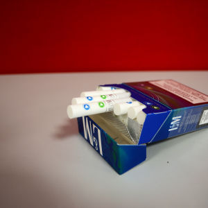 "Smaksatta cigaretter ""kapselcigaretter"" av märket L&M."