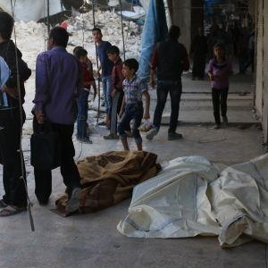 Förstörelse i östra Aleppo efter en flygräd den 12 oktober, 2016.