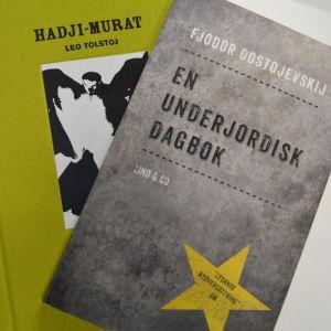 Två böcker
