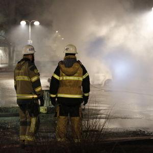 Poliser i Rinkeby.