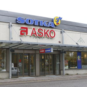 Sotkas och Askos affär.