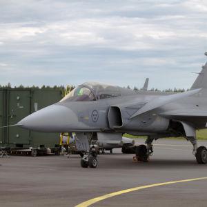 JAS-39 Gripen på Åbo Flygplats den 6 juni 2015