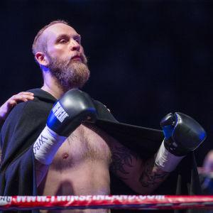 Robert Helenius inför matchen mot Johann Duhaupas, våren 2016.