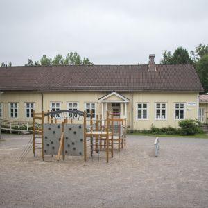 Snappertuna skola.