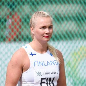 Salla Sipponen i diskusringen.