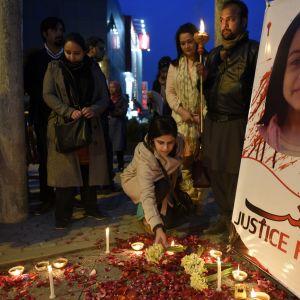 En av protesterna mot polis och myndigheter efter mordet på Zainab i Kasur, Pakistan 11.1.2018.