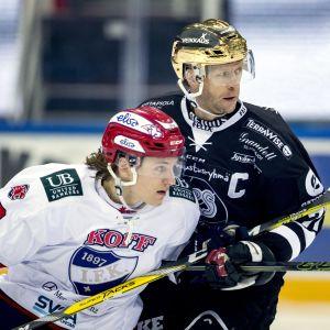 Tomi Kallio och Roope Hintz i duell