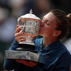 Simona Halep vann sin första grand slam-titel i Paris.