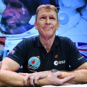 astronauten Tim Peake inför sitt uppdrag på ISS i november 2015
