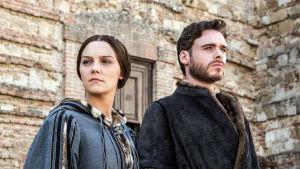 Contessina (Annabel Scholey) ja Cosimo (Richard Madden) sarjassa Medicit, Firenzen valtiaat
