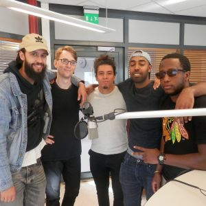 DJ Stards et co i studion i Jakobstad