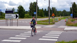 Cyklist i korsning.