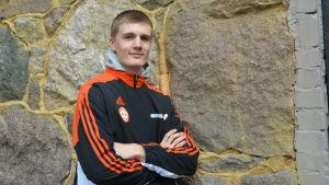 Oliver Helander kastar spjut för IF Raseborg.
