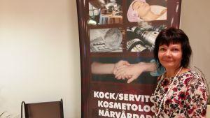 Enhetschef Susanne Karlsson vid Axxell i Pargas.