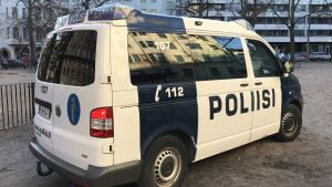 En polisbil.