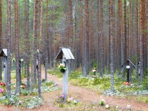 Hautoja Sandarmohissa