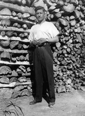 Neuvostoliittolainen sotavanki, lääketieteen ylioppilas Aliosha Tscilingarjan. (1942)