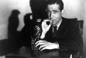 Humphrey Bogart on Sam Spade elokuvassa Maltan haukka