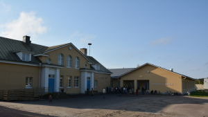 Skräbböle skola med nybyggd del.