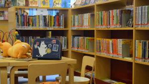 Barnböcker i Söderkulla bibliotek i Sibbo