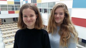 Elsa Sundholm och Ellen Bos tycker att deras skola är en jämställd och jämlik skola.