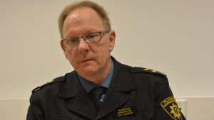 Porträttbild på Stig Saarinen, brandmästare vid Västra Nylands räddningsverk.