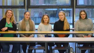 Elvira Törnqvist-Raikaa, Cara Feodoroff, Anna Betlehem, Adriana Knispel och Ida Flemmich.