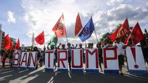 Protester mot Donaldn Trump under Asean-toppmötet i Manila.