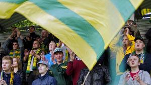 Ilves anhängare hade en fin klubb när de spelade 1-1 mot HJK på hemmaplan