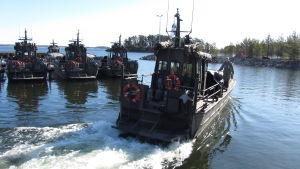 Transportbåtar av Jurmoklass i Syndalens hamn.
