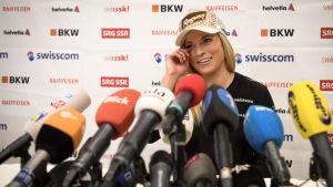 Stora förväntningar vid VM i St. Moritz på hemmahoppet Lara Gut.