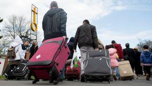 Syriska flyktingar anländer till Goettingen i Tyskland.