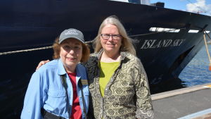 Kathy Dolan och Lois Brodsky.
