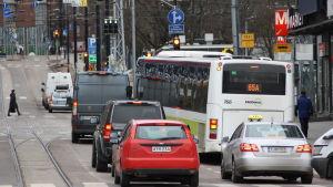 Rusningstrafik i Helsingfors.