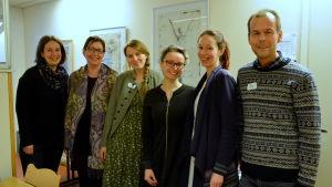 Mia Ehrnström-Fuentes, Ulrica Taylor, Anna Jungarå, Pia Smeds, Charlotta Asplund och Kaj Löfvik deltog i en grundkurs i omställningens principer.