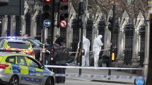 Poliser i London.
