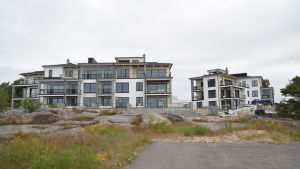 Regatta Resorts bostäder på Fabriksudden i Hangö.