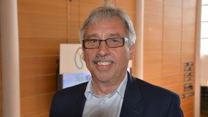 Michael Lindholm.