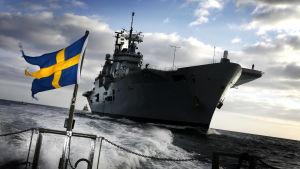 Natoövning vid Vinga fyr