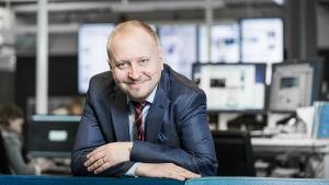 Kauppalehden päätoimittaja Arno Ahosniemi.