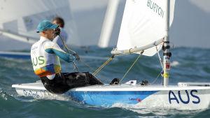 Tom Burton lyckades i medaljseglingen och vann OS-guld.