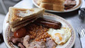 Englantilainen aamiainen