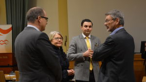 Tomas Häyry, Riitta El-Nemr, Joakim Strand och Michael Luther diskuterar det föreslagna Stor-Vasa.